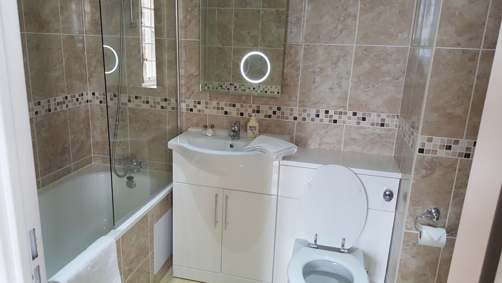 Bathroom - Château du Doux