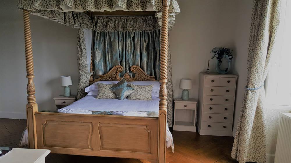 Bedroom 2 - Château du Doux