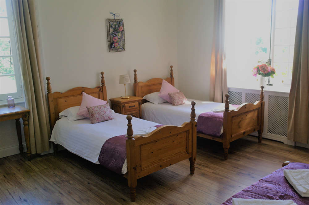 Twin Bedroom - Château du Doux