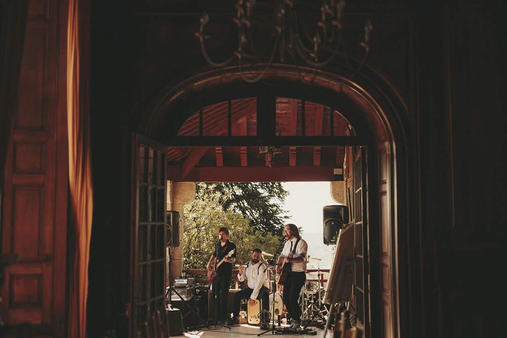 Wedding Band - Château du Doux