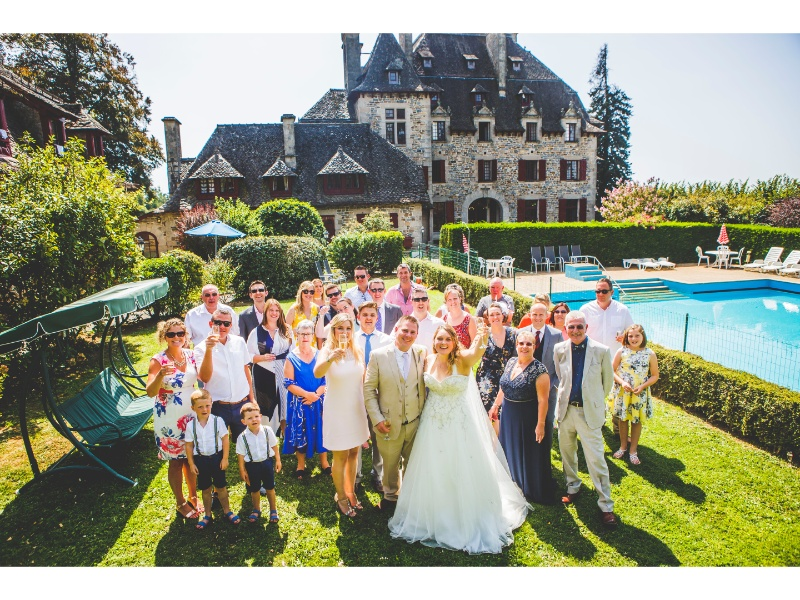 Château-du-Doux-Melissa-And-Matts-Wedding-13