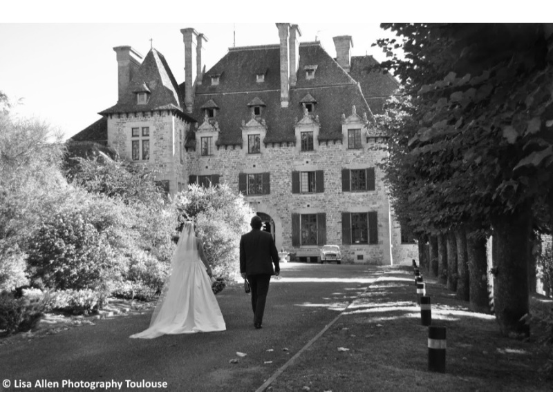 Château-du-Doux-Marinelle-And-Chris-Wedding-7